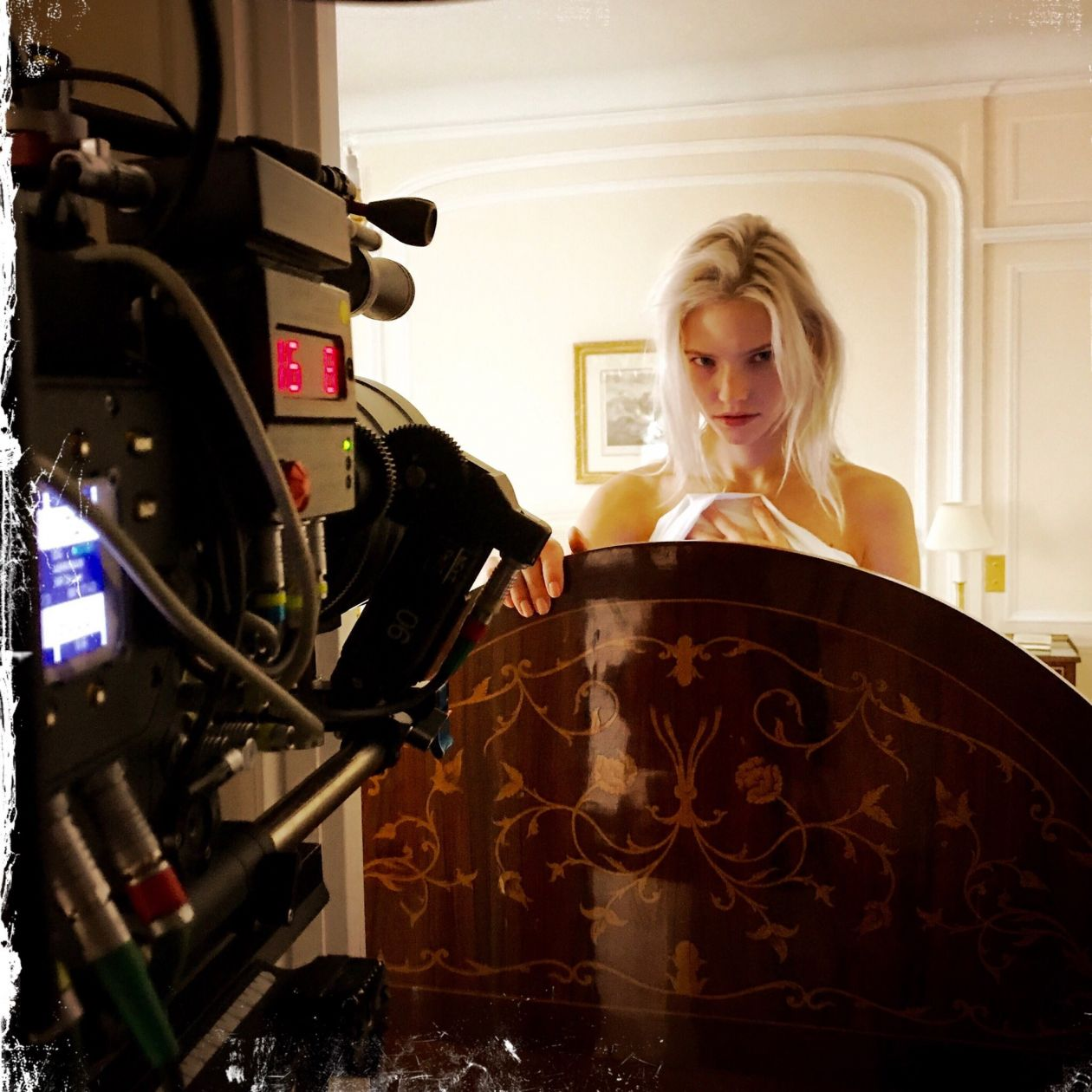 Sasha Luss actress actrice comédienne | ANNA | Luc Besson