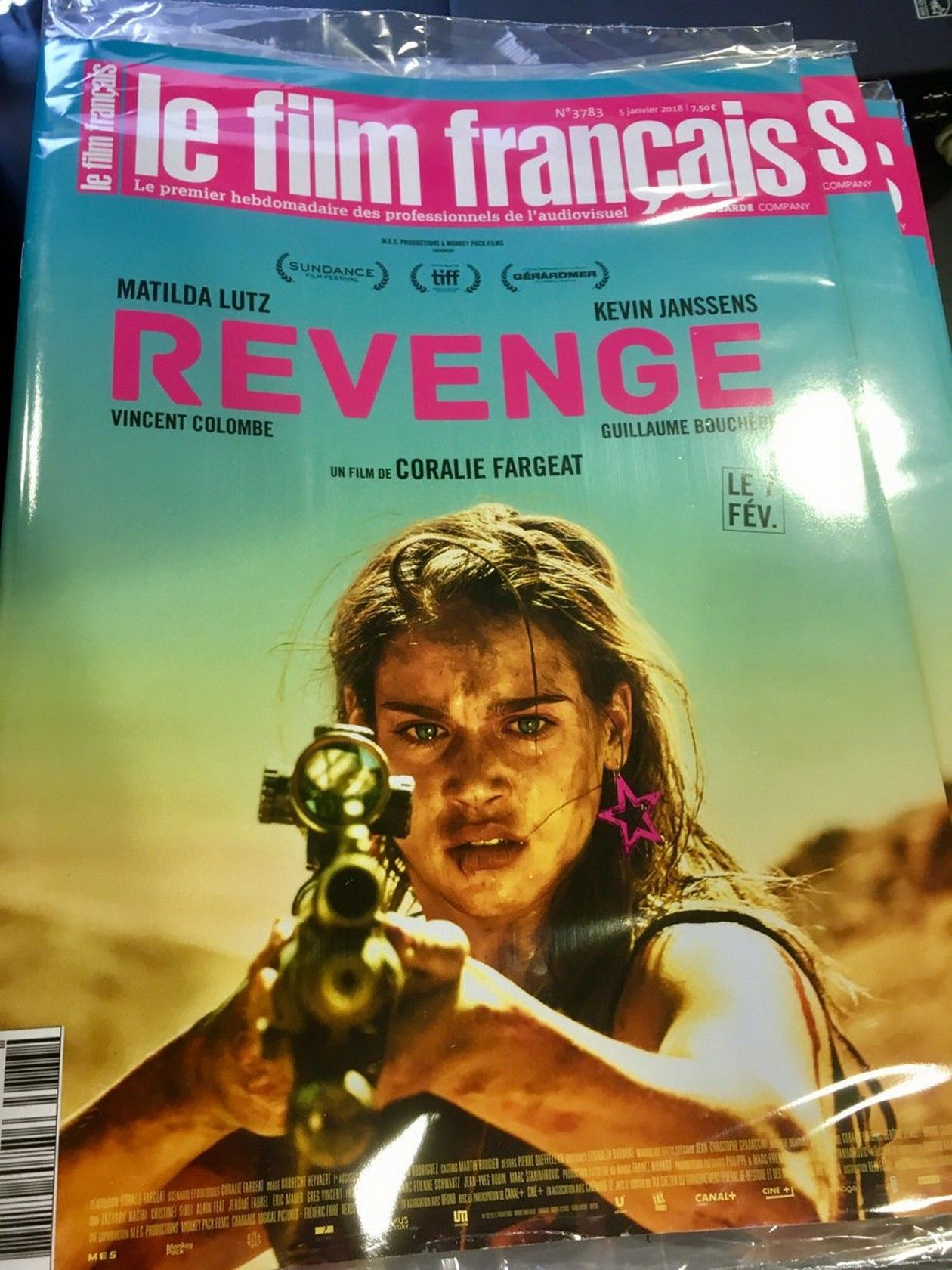 Matilda Lutz Italian actress / Revenge : Jennifer / Coralie Fargeat 2017 / COVER COUVERTURE LE FILM FRANCAIS